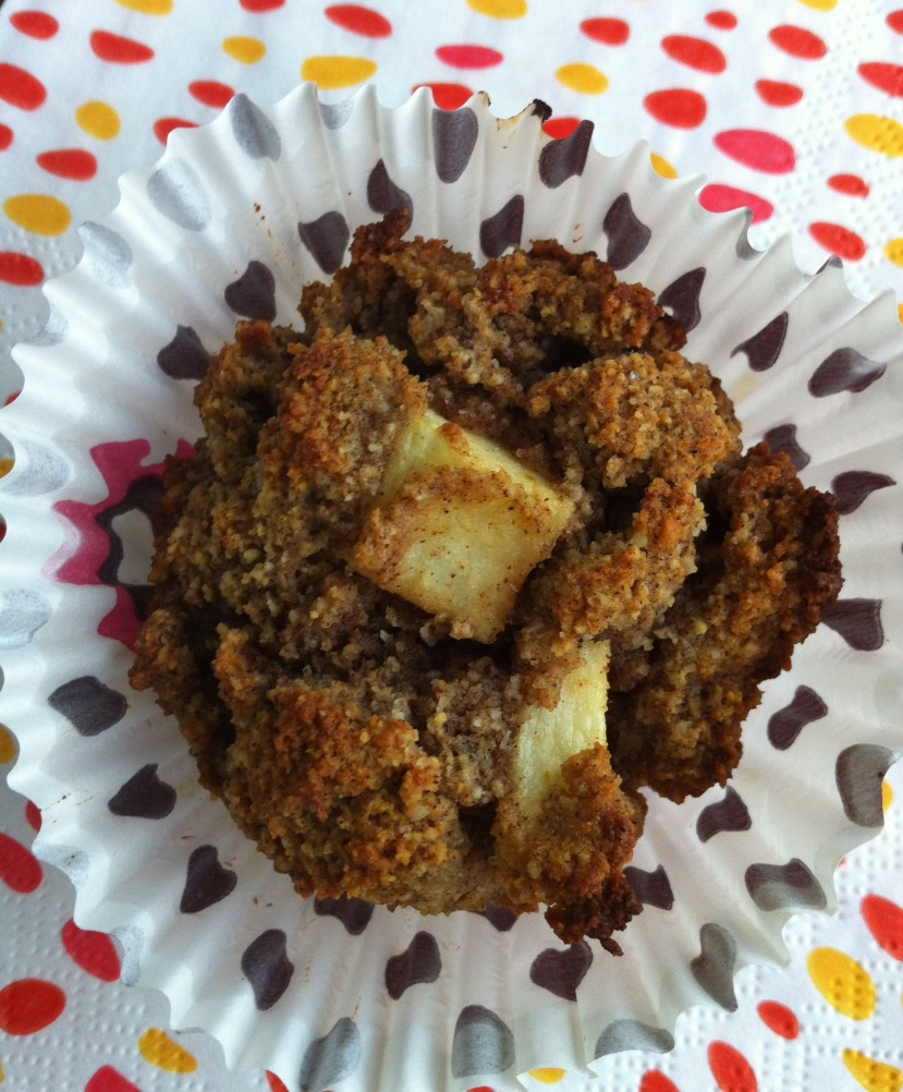 apple date muffin